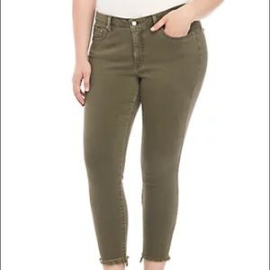 Lucky brand Lolita skinny jeans Raw hem green 16W